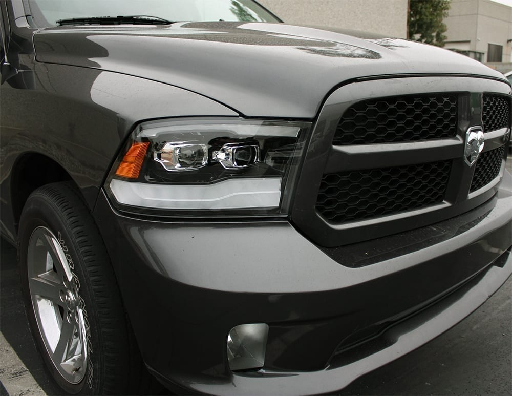 Installed Picture 2009 2010 2011 2012 2013 2014 2015 2016 2017 2018 Ram Truck 1500/2500/3500 PRO-Series Projector Headlights