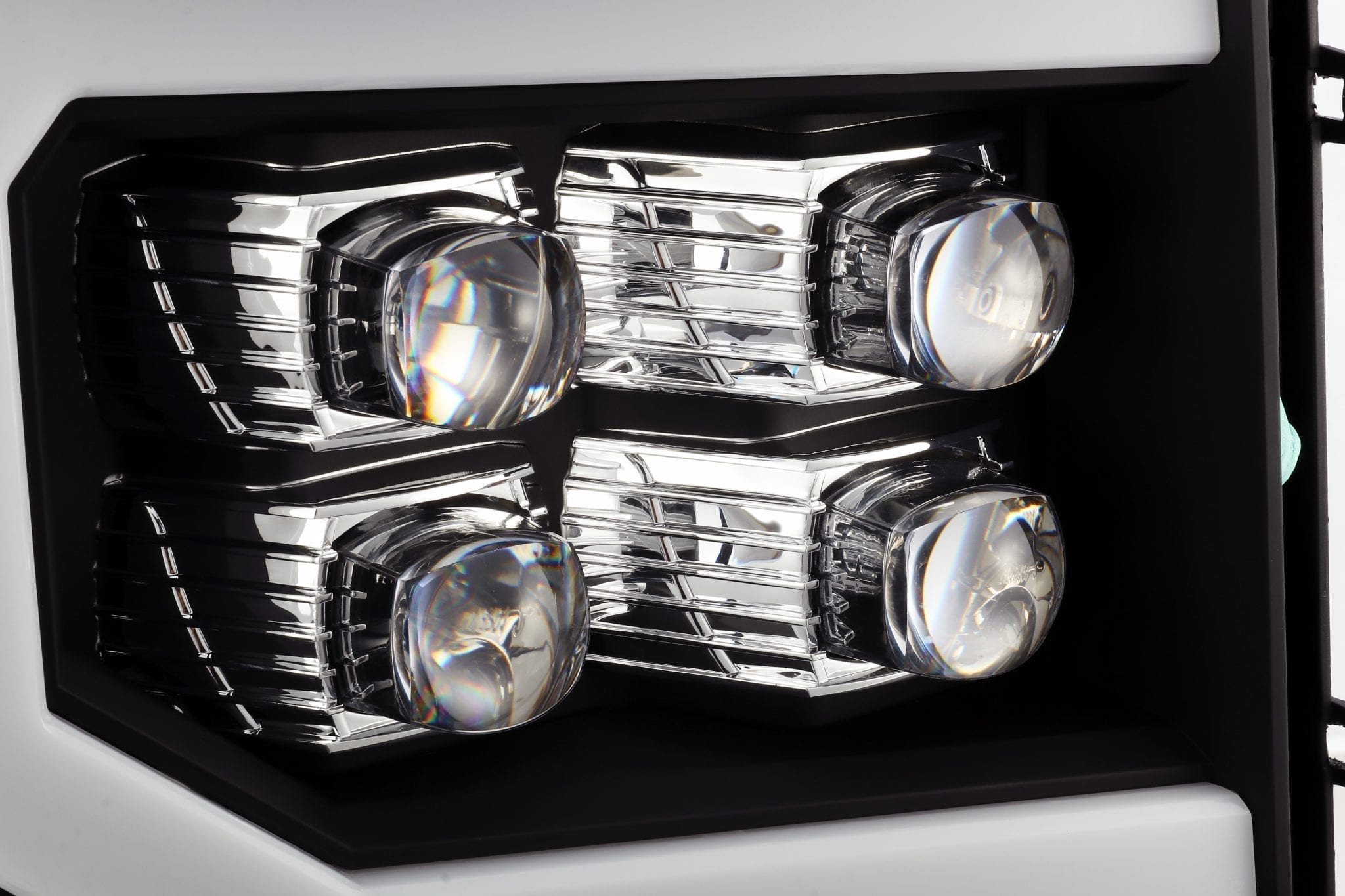 2007 2008 2009 2010 2011 2012 2013 GMC Sierra NOVA-Series Projector Headlights Black