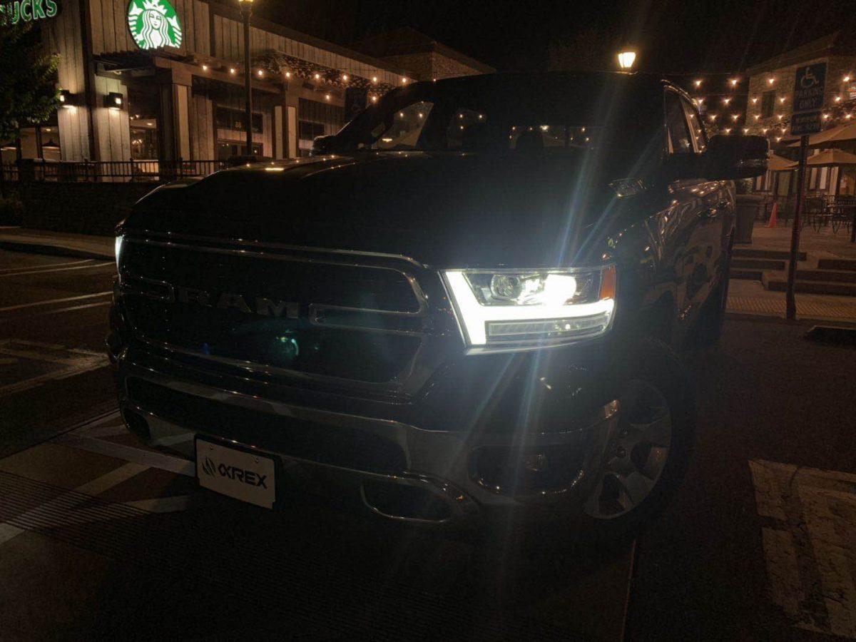 2019 2020 Ram 1500 PRO-Series Projector Headlights