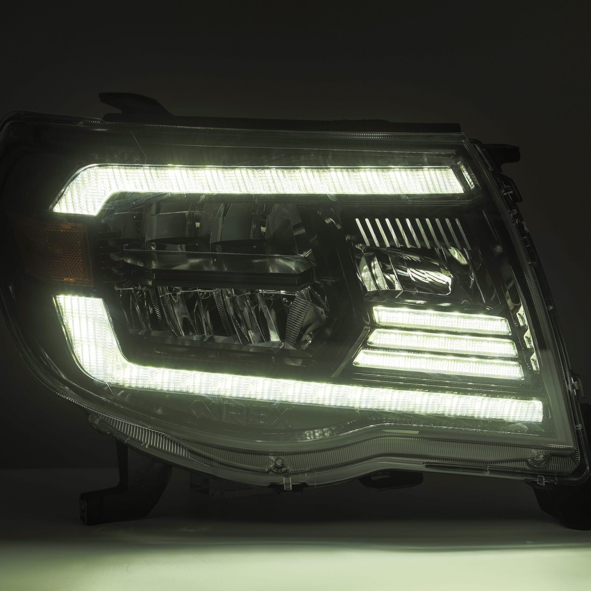 2005 2006 2007 2008 2009 2011 Toyota Tacoma LUXX-Series LED Crystal Headlights