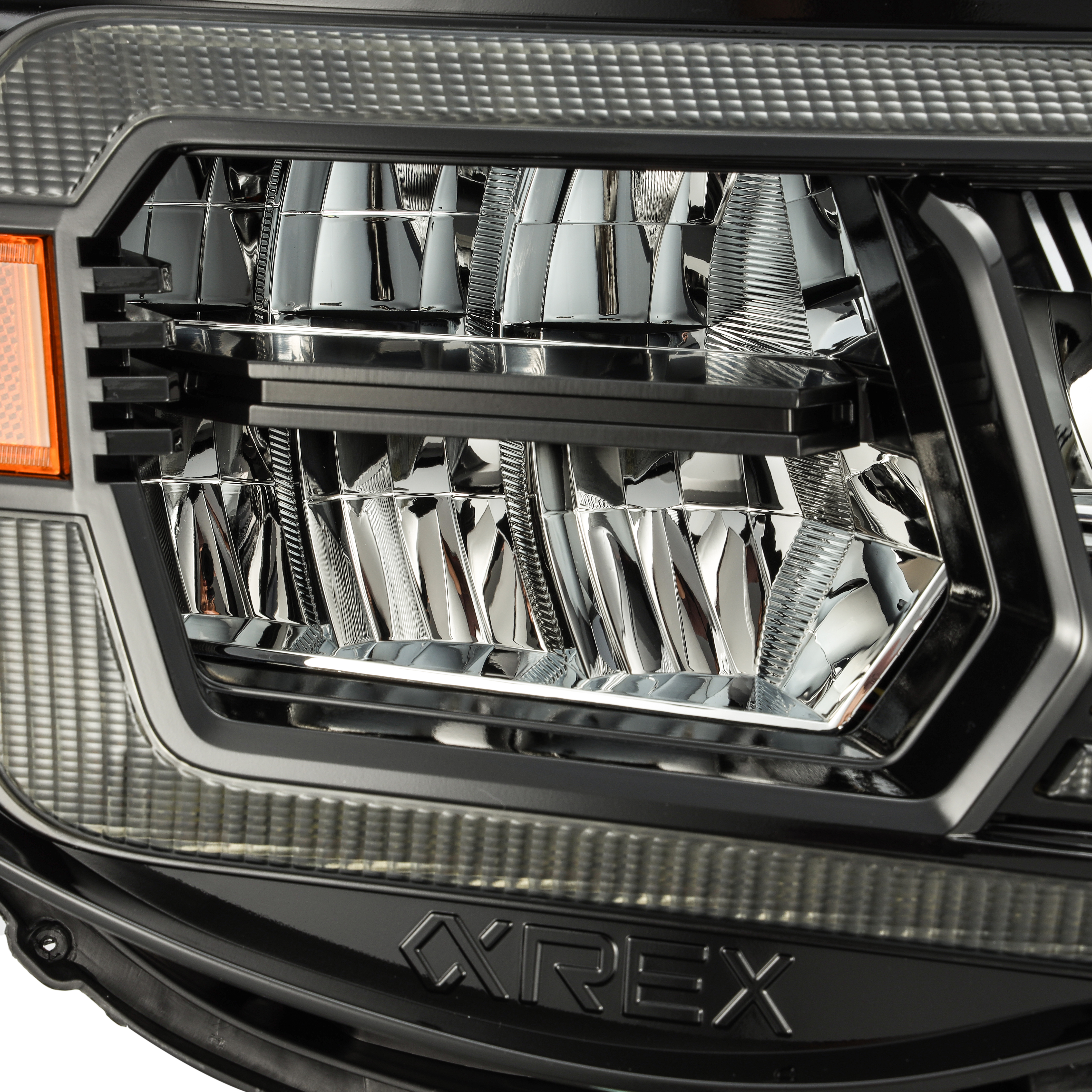 2005 2006 2007 2008 2009 2011 Toyota Tacoma LUXX-Series LED Crystal Headlights Alpha-Black