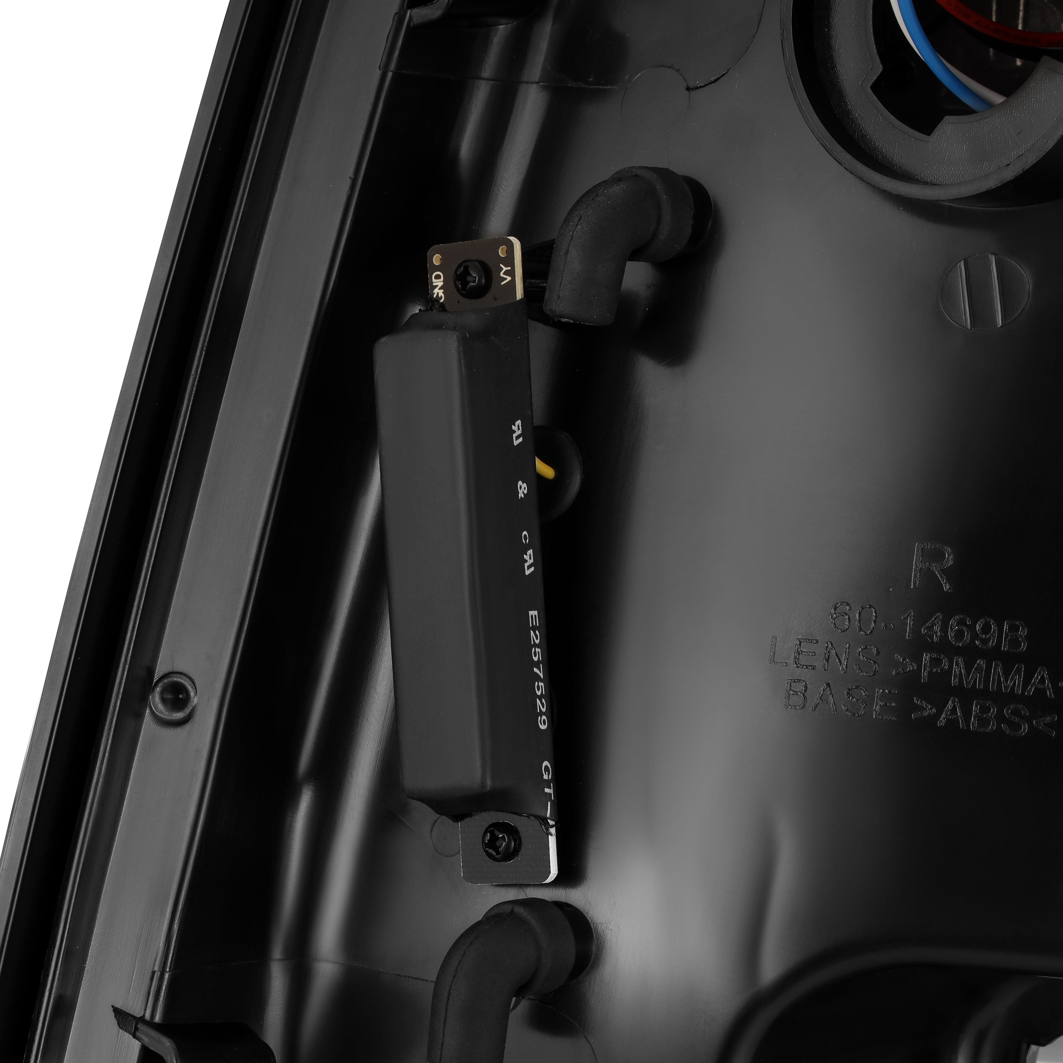 2009 2010 2011 2012 2013 2014 2015 2016 2017 2018 Ram 1500/2500/3500 PRO-Series LED Tail Lights Jet Black